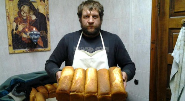 Alex.Emelianenko.Bread