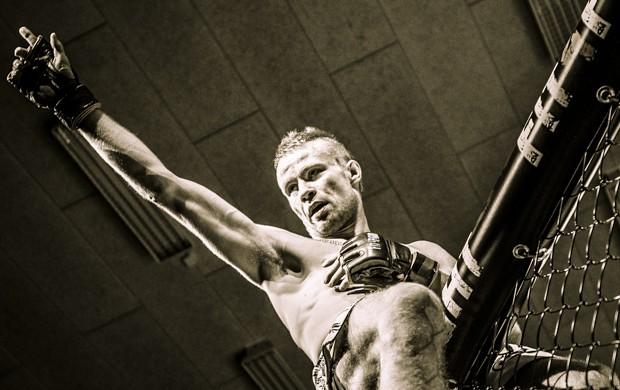 Jedno z najlepszych skandynawskich zdjęć ubiegłego roku wybrane przez Jespera S. Baeka, fotografa MMAViking.com